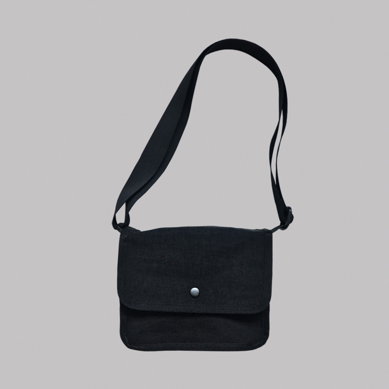 CROSSBODY BAG (BLACK)